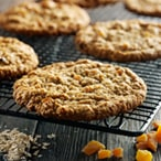 Apricot & Oatmeal Cookie
