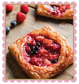 Summer Berry Crossiant
