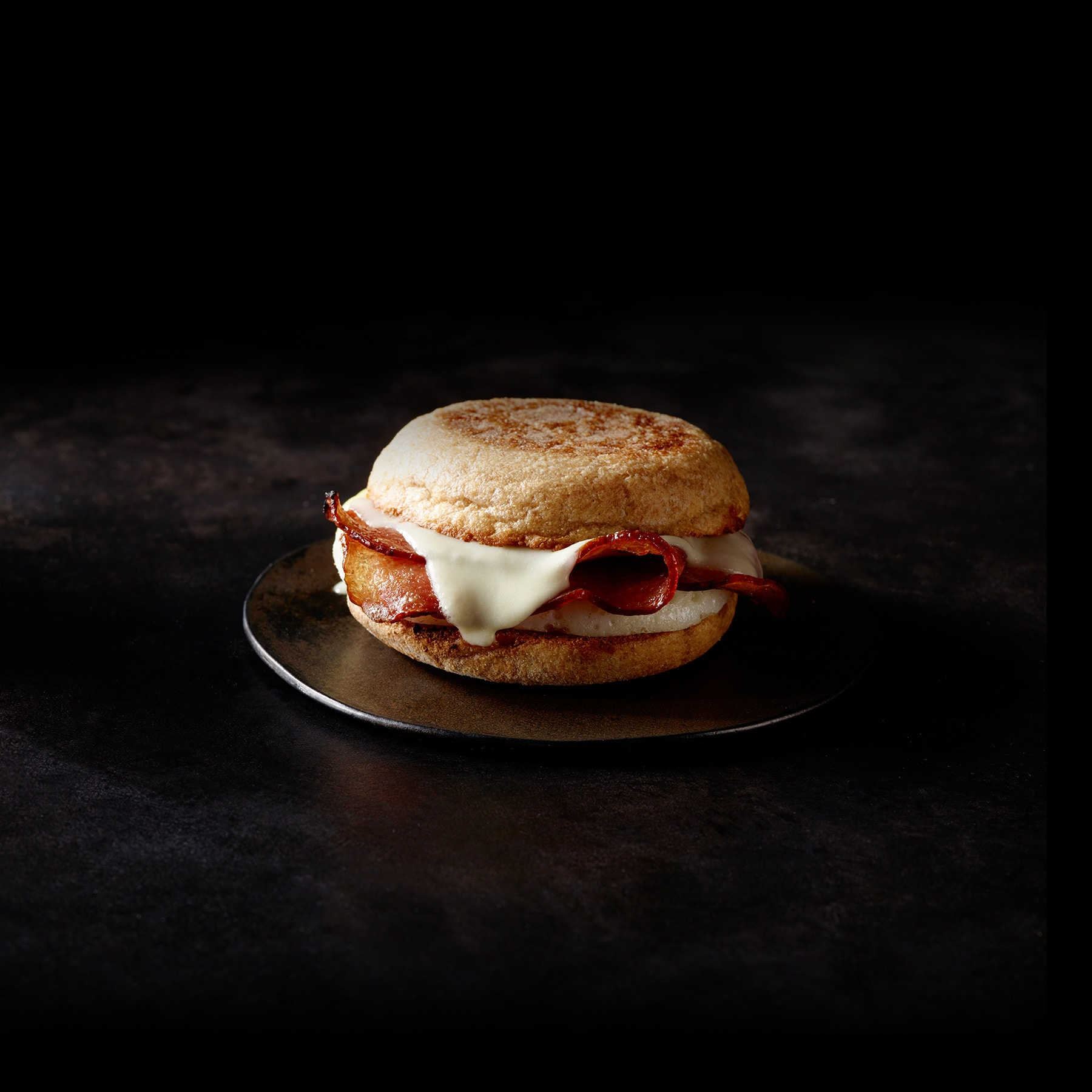 Reduced-Fat Turkey Bacon & Cage Free Egg White Breakfast Sandwich