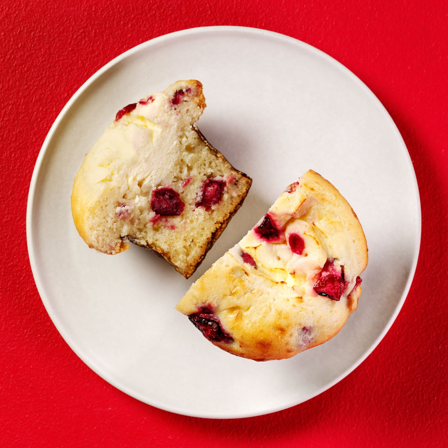 Cranberry & White Chocolate Cheesecake Muffin