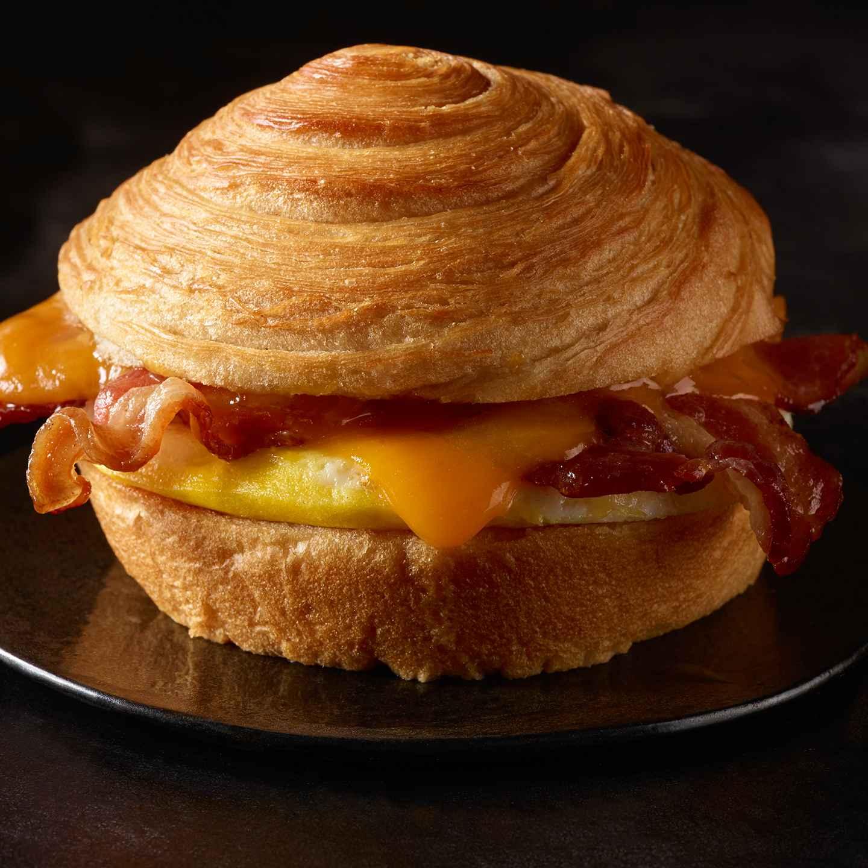 Double Smoked Bacon Cheddar Egg Sandwich Starbucks